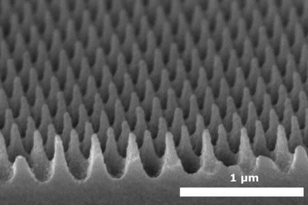 anti-reflection microstructures